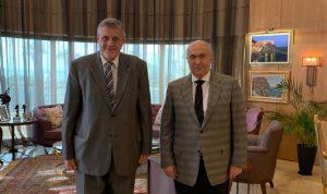 """مخزومي يشكر كوبيتش على """"جهوده لمساعدة لبنان"""""""