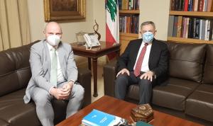 السنيورة بحث مع سفير ألمانيا في العلاقات الثنائية