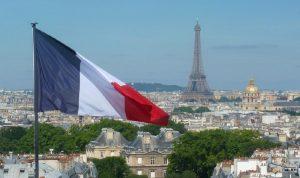 فرنسا: نؤيد الضربات الجوية الأميركية في سوريا