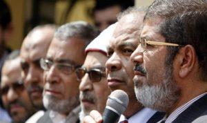 بينهم أسرة مرسي.. مصادرة أموال 89 من قيادات الإخوان
