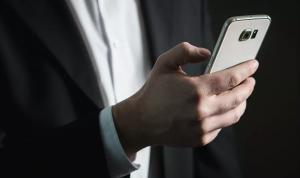 """ميزة جديدة من """"أندرويد"""" تحافظ على بطارية هاتفك!"""