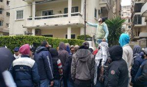 منازل السياسيين… وجهة متظاهري طرابلس في اليوم الرابع