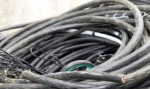 انقطاع التيار الكهربائي في سير الضنية بعد سرقة أسلاك كهربائية