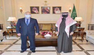 السفير السعودي يلتقي نظيره الروسي في اليرزة