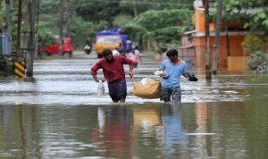 في الهند… ارتفاع عدد قتلى الفيضانات إلى 125