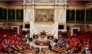 في فرنسا.. تشريع قانون يستهدف المسلمين