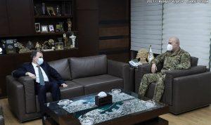 قائد الجيش بحث مع البزري في خطة التلقيح ضد كورونا