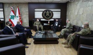 قائد الجيش استقبل القائم بأعمال السفارة البريطانية في لبنان