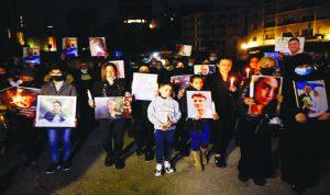 أهالي ضحايا الانفجار: دماء أبنائنا ليست للمتاجرة السياسية