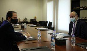 الجميل التقى السفير التركي في زيارة وداعية