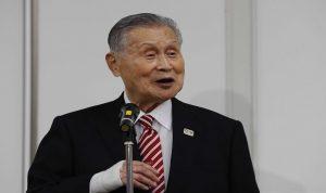 """رئيس أولمبياد طوكيو يرفض الاستقالة بعد تصريح """"مهين للنساء"""""""