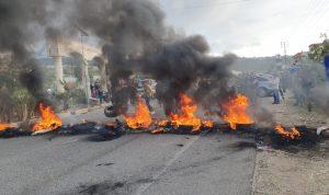 """""""هدير انفجار"""" الشارع يلفّ لبنان من أقصاه إلى أقصاه"""