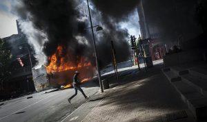 32 قتيلا حصيلة أعمال العنف في جنوب إفريقيا