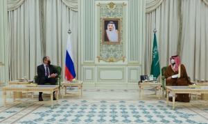 المستجدات الإقليمية والدولية بين لافروف وبن سلمان