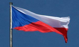 التشيك تتوعد بطرد الدبلوماسيين الروس.. وموسكو ترد