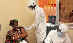 """""""الصحة العالمية"""" تعلن انتهاء موجة إيبولا الثانية في غينيا"""