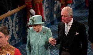 خلاف بين الملكة إليزابيث والأمير تشارلز… والسبب؟