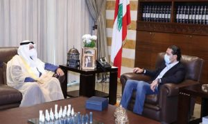 الحريري عرض المستجدات مع سفير الكويت
