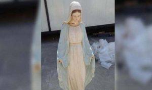 البابا فرنسيس يبارك تمثالًا للعذراء مريم خرّبه عناصر داعش