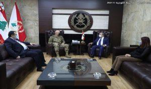 قائد الجيش بحث مع نقيب الصحافة في الأوضاع العامة