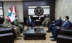 قائد الجيش التقى سفيرَي اليابان والصين