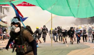 ميانمار.. انفجارات في مدن رئيسية والاحتجاجات مستمرة