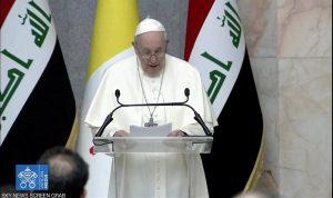 البابا: على المجتمع الدولي القيام بدور حاسم بتعزيز السلام في الشرق