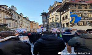 في براغ.. الشرطة تمنع تجمعا ضد قيود كورونا