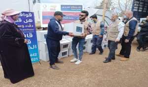 مساعدات قطرية لعائلات سورية نازحة في عكار
