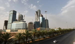 بعد استهداف مصفاة الرياض… إدانات عربية واسعة