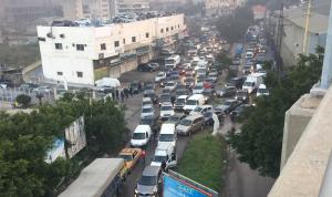 """""""يوم الغضب"""" في لبنان… قطع الطرقات مستمر"""