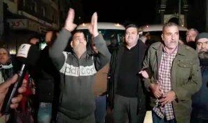 مسيرة جابت شوارع طرابلس احتجاجًا على توقيف 5 سائقي باصات