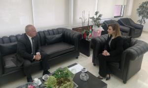أوهانيان بحثت مع سفير أرمينيا في سبل التعاون