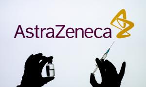 """دولة تشطب """"أسترازينيكا"""" من برنامجها للتطعيم ضد كورونا"""