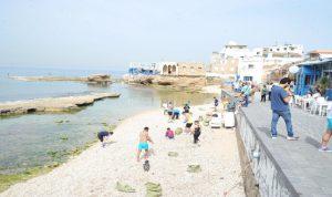 حملة مكافحة التلوث تمرّ بشاطئ البترون… والدولة غائبة