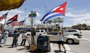 تظاهر آلاف الكوبيين مطالبين بفك الحصار الأميركي