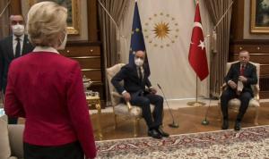 """باريس عن """"إهانة"""" رئيسة المفوضية الأوروبية: فخ تركي!"""