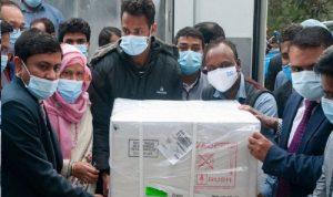 الهند توقف جميع صادرات لقاح أسترازينيكا