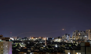 """إسرائيل تهدد """"حماس"""" بهجوم واسع النطاق على غزة"""