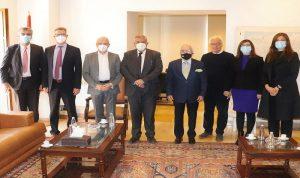 محافظ بيروت بحث مع السفير الألماني مشروع إعادة إعمار المرفأ
