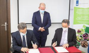 توقيع مذكرة تفاهم بين مؤسسة رينه معوض ووزارة الاقتصاد