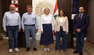 السفيرة السويدية جالت في طرابلس وزارت غرفة التجارة