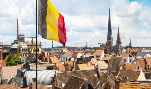 نجوم بلجيكا يرفضون التطعيم ضد كورونا قبل بطولة اليورو