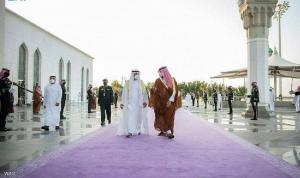 محمد بن زايد في السعودية… وبن سلمان يستقبله