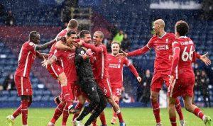"""""""هدف قاتل"""" من حارس ليفربول يبقي حلم دوري الأبطال"""