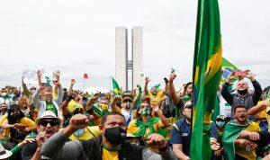 في البرازيل.. تظاهرات حاشدة مؤيدة للرئيس رغم الجائحة