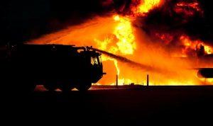 بالصور: حريق في مصفاة حمص الرئيسية