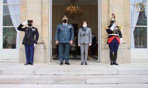 قائد الجيش وصل الى وزارة الدفاع الفرنسية