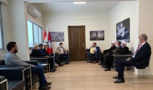 النائب جنبلاط عرض مع إدارة مستشفى الإيمان خطة التطوير