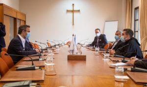 معوض في جامعة الروح القدس وبحث في تطوير شراكة استراتيجية
